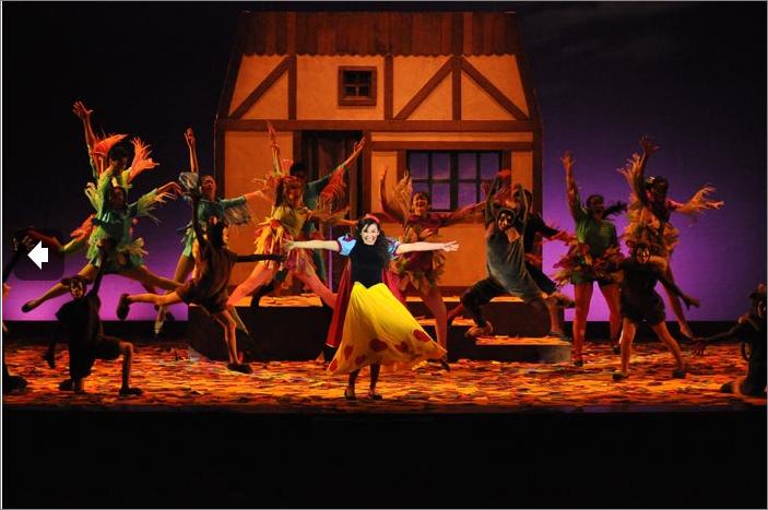 Viu el Teatre nos trae La Blancaneus i els 7 nans y  El cel de la Jojó
