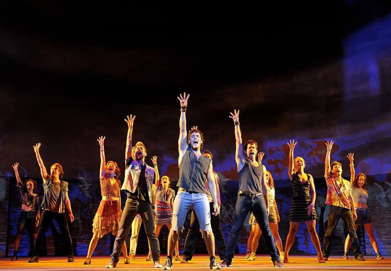 Cop-de-Rock-el-musical-Teatre-Victoria
