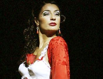 """Sara Lezana homenajea a Carmen Amaya estrenando """"Carmen"""", de Bizet"""