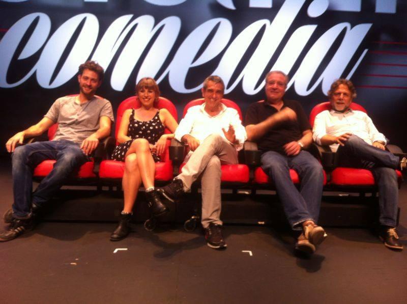 Tots fem comèdia: espectáculo de comedia musical en el Grec 2013
