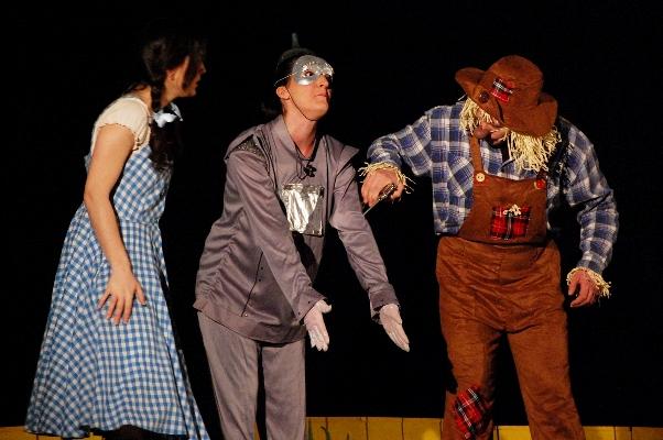 """""""El Mag d'Oz"""" de Magatzem d'Ars se estrena en el Teatre Gaudí"""